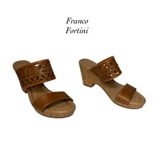 Franco Fortini Leslie Brown Wedges NEW Size 7.5M